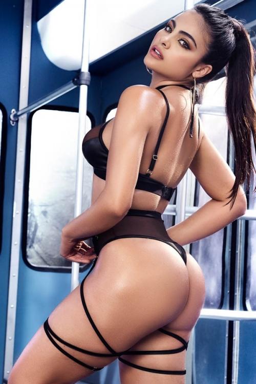Costume  -pieces Maitresse de Maison